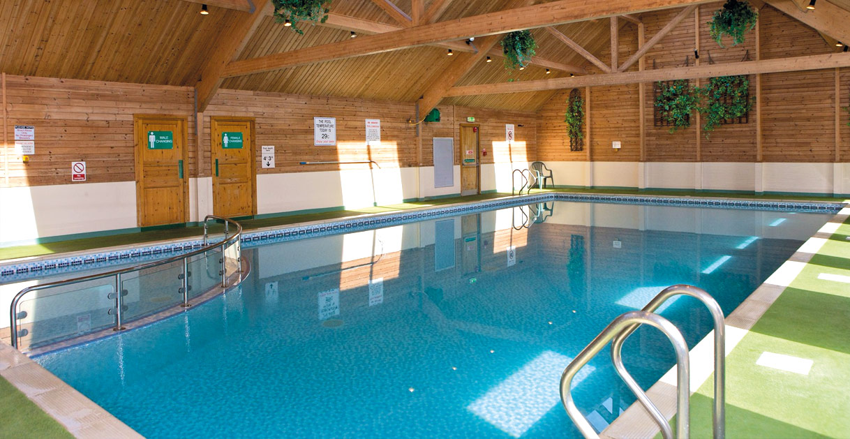 Heated indoor pool at Barmouth Bay